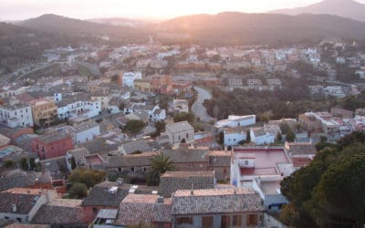 Spaanse stenen goed voor je spaargeld: waarom kopen nu interessant is
