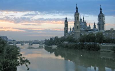 Zaragoza viert de stadsfeesten Fiestas del Pilar