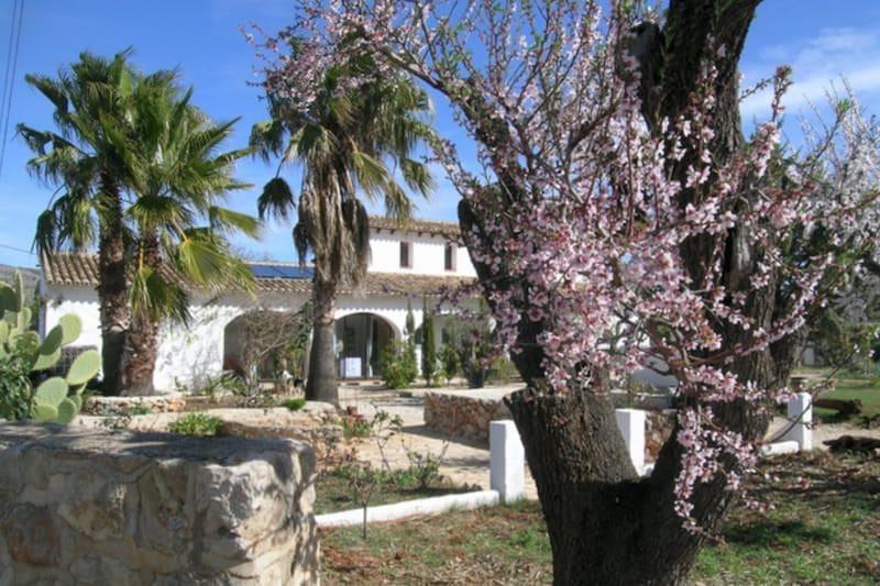 Winactie: 2 x week voor twee personen in de Jalónvallei
