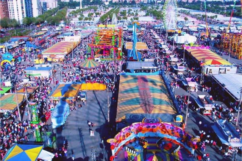 Feria de Abril het terrein in Sevilla