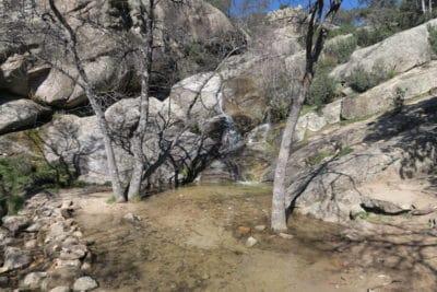Kathelijne tipt: Cascada del Covacho
