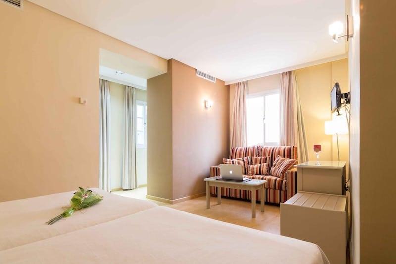 hotel plateria - ecija