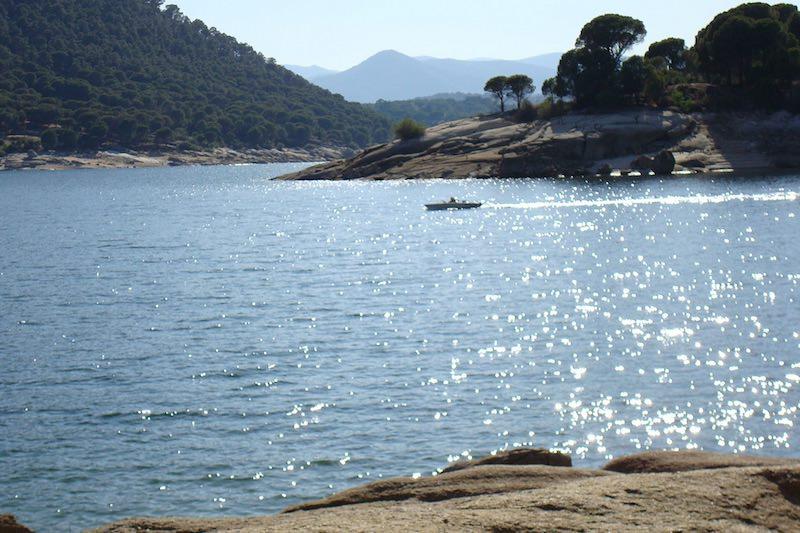 Bij dit strand in Madrid wil je deze zomer zwemmen!