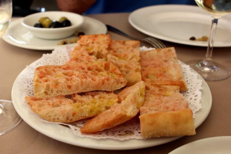 Tapas: Pan con Tomate