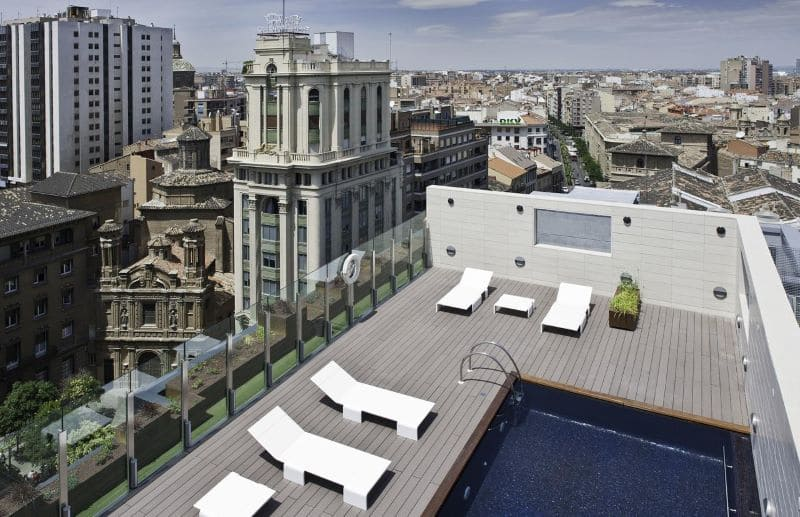 hotel-alfonso-rooftop-zwembad