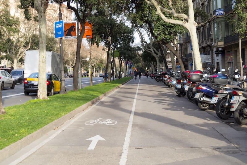 Barcelona: Fietsen over de Diagonal
