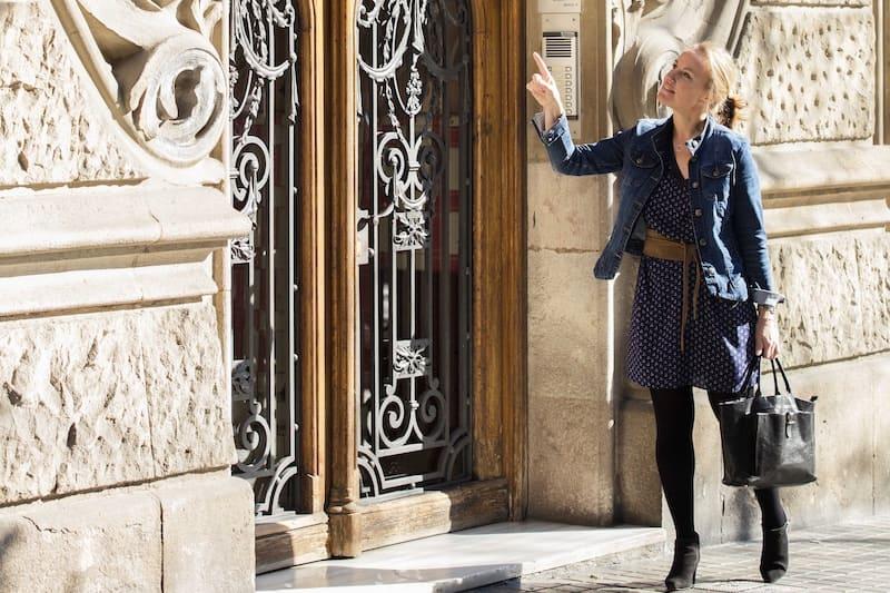 Esther helpt je met een huis kopen in Barcelona