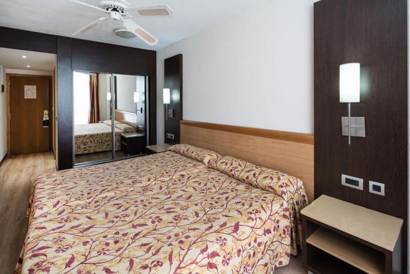 hotelkamer-hotel-catalonia-oro-negro