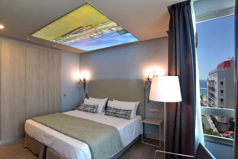hotel-kamer-met-uitzicht-strand