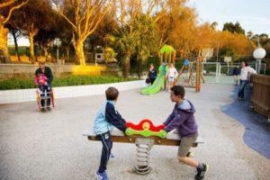 speeltuin-kinderen-camping