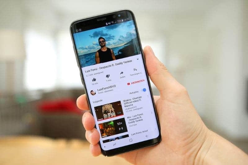 muziek-video-op-mobiel