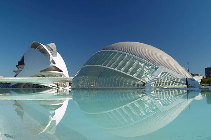 valencia-stad-van-de-wetenschappen-gebouw
