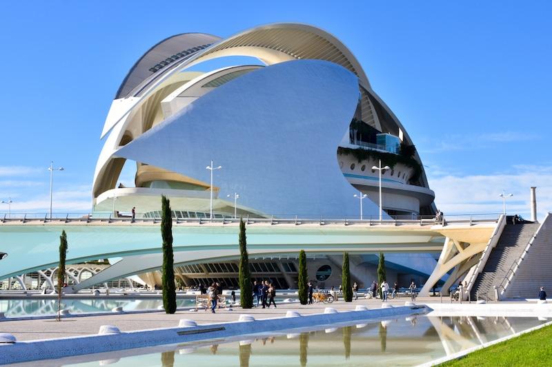 Het reina sofia opera gebouw in Valencie