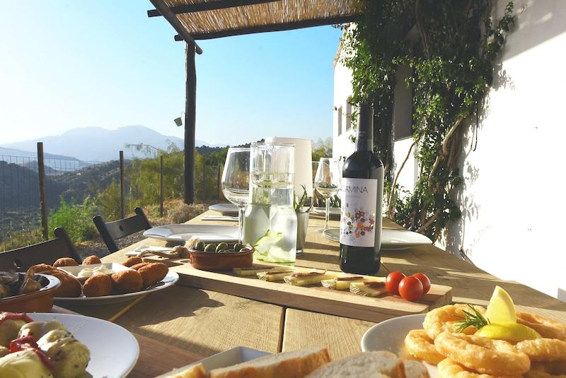 B&B Corazon Andaluz eten wijntje