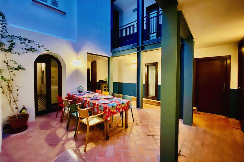 Gedekte tafel in El Baciyelmo