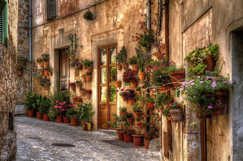 Straat in Valldemossa op Mallorca
