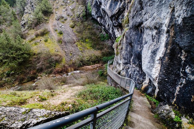 Deel van de route door kloof La Yecla in Burgos, Spanje