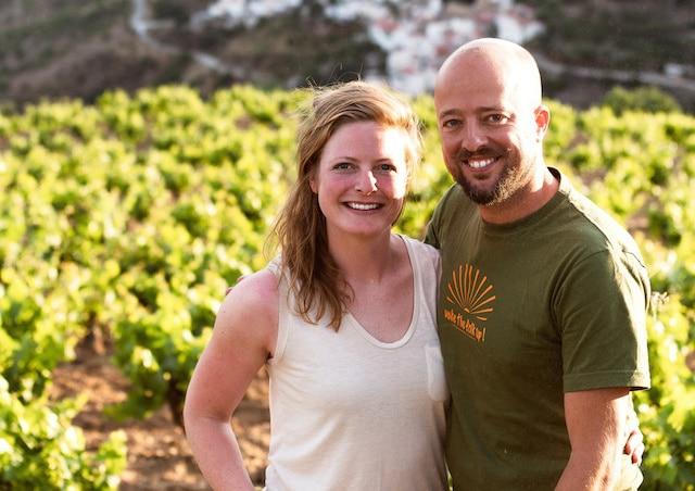 Wijnand en Thysa uit Polopos brengen wijn bij je thuis