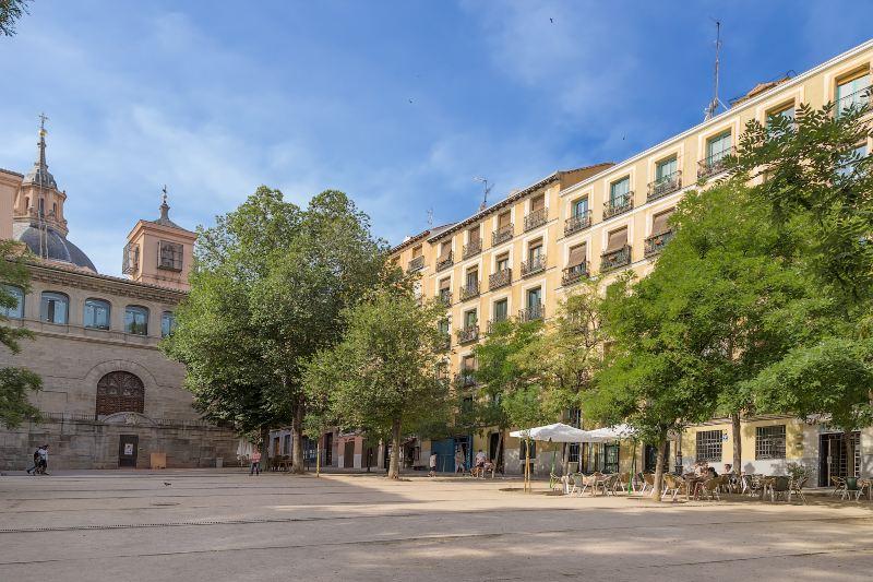 Het Plaza de la Paja plein in Madrid