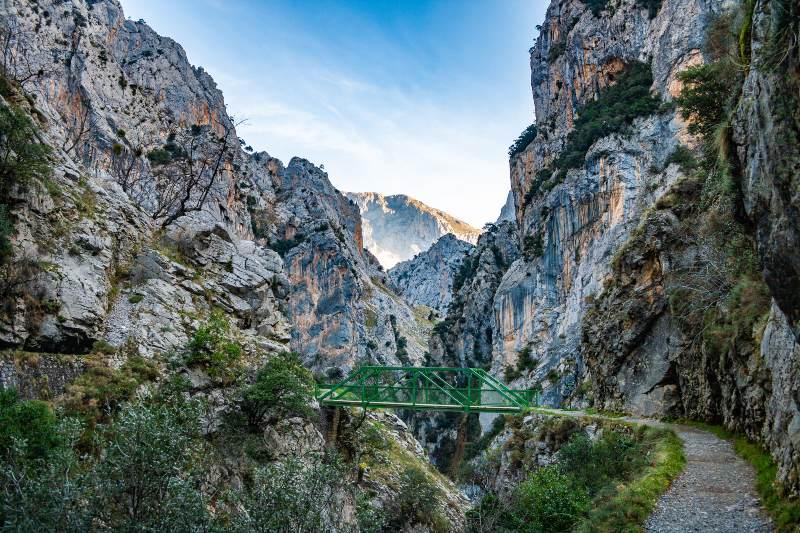 Ruta de Cares pad in Picos de Europa